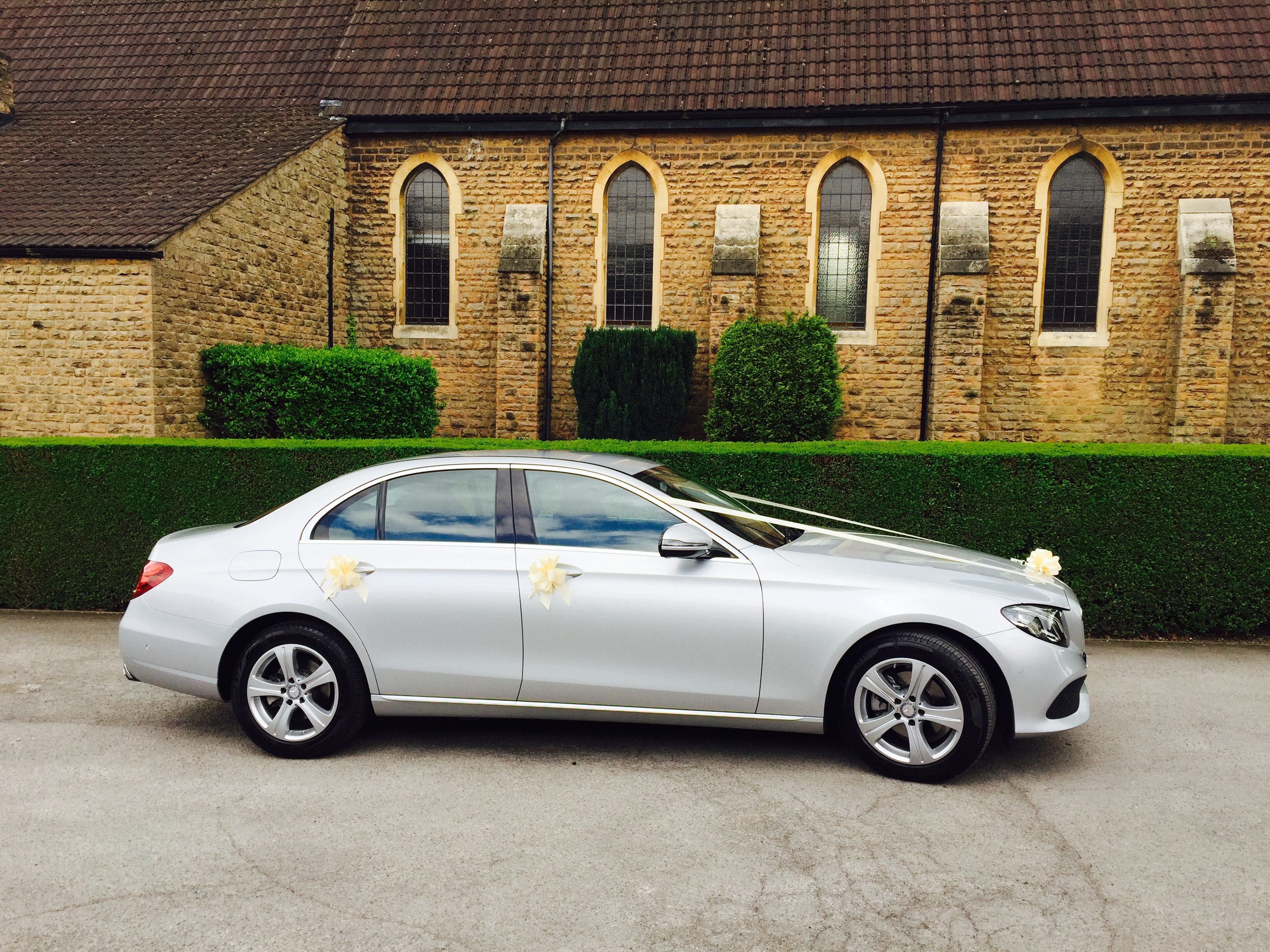 IDEAL CARS – WEDDINGS & SPECIAL OCCASIONS | Ideal Cars - Nottingham